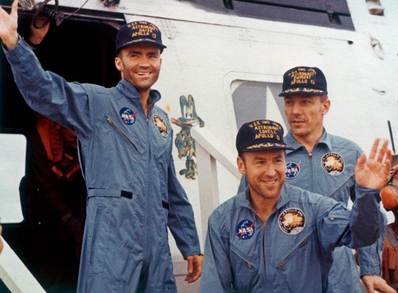 Экипаж космического корабля «Аполлон-13»