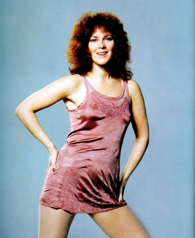 Темноволосая вокалистка группы ABBA была «подарком Гитлеру»