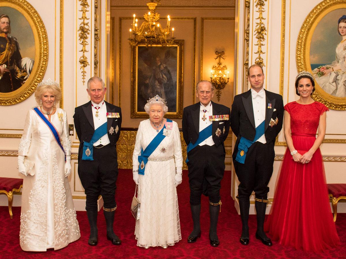 Интригующие факты очленах английской королевской семьи, мало похожей наобычные семьи