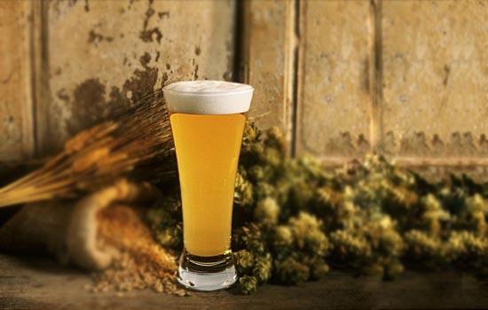 Бокал для светлого пива (англ.: pilsner glass, нем.: Pokal)
