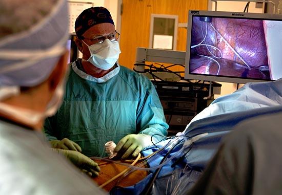 Каждый шестнадцатый хирург в США помышляет о самоубийстве