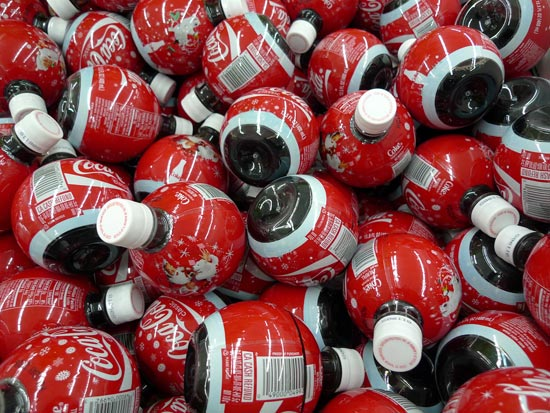 Большинство прохладительных напитков имеют более опасный уровень рН, чем у кислотных дождей