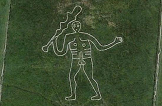 В Англии на холме есть рисунок гигантского голого мужчины высотой 55 метров