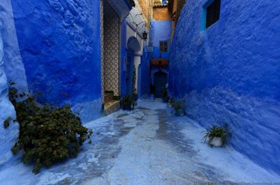 В Марокко есть город синего цвета