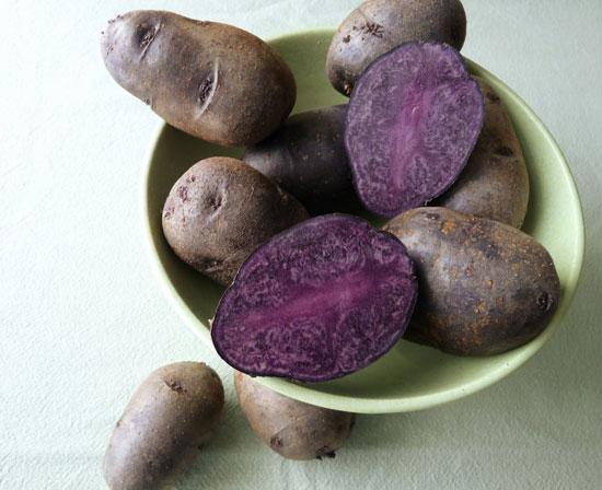 Лиловый картофель