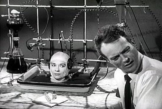 В 1988 г в США был выдан патент на устройство, сохраняющее жизнь отделенной от тела голове