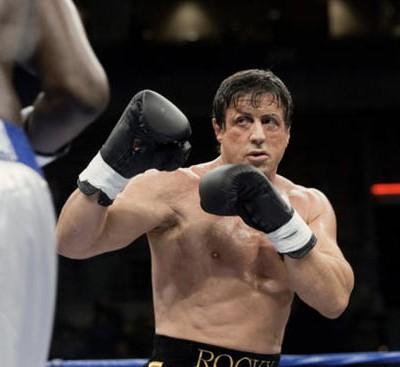 Сильвестр Сталлоне, никогда не бывший боксёром, находится в Зале боксерской славы