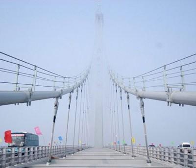 Длина самого длинного моста в мире — 42,4 км