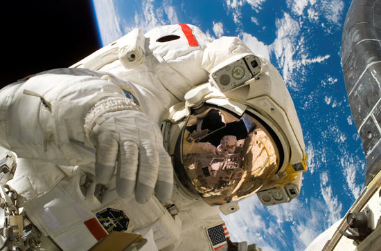 Факты о космосе со слов самих космонавтов