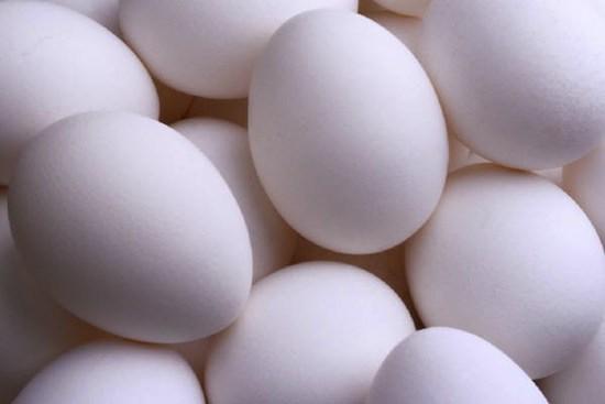 Из магазинных яиц не могут вылупиться цыплята, так как они неоплодотворённые