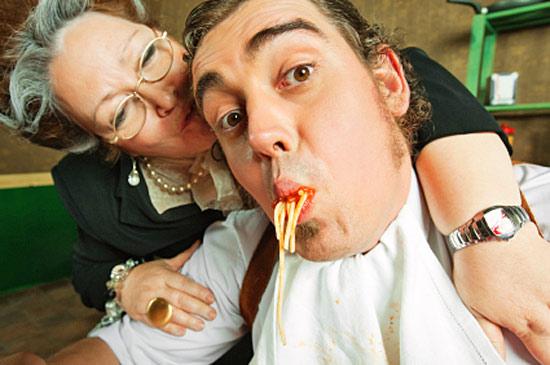 В Италии почти половина мужчин в возрасте от 18 до 40 лет живёт с родителями