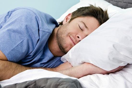 Непроизвольные подёргивания мышц перед засыпанием — это гипногогический миоклонус