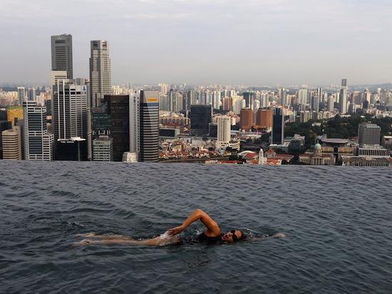Самый высокий бассейн в мире находится на высоте 191 метр