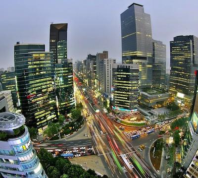 Названия столиц Кореи и Казахстана переводятся как «столица»