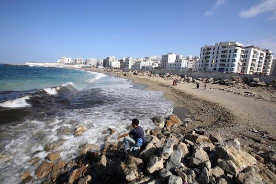 90 в прошлом году проходили дни алжира