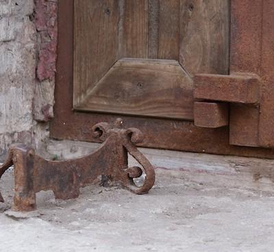 В Европе в 18-м веке большой популярностью пользовались «деговнотизаторы»