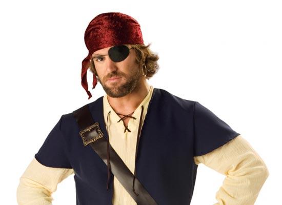 Чёрная повязка на глазу применялась пиратами для быстрого привыкания к смене освещения