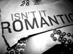 Самая короткая рецензия на фильм звучала так: «Разве это не романтично? Нет.»