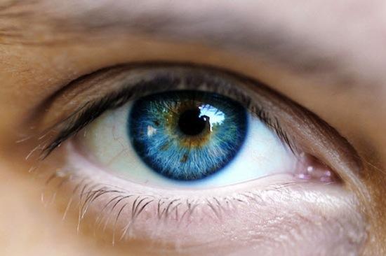 Новый лазер для микрохирургии глаза не сжигает, а испаряет повреждённую ткань