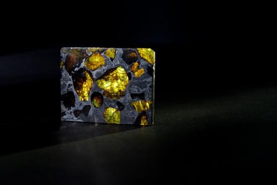Фукан — это метеорит-драгоценный камень