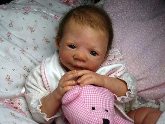 Реборн — это поддельный младенец