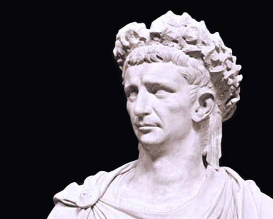 Римский император не гомосексуалист