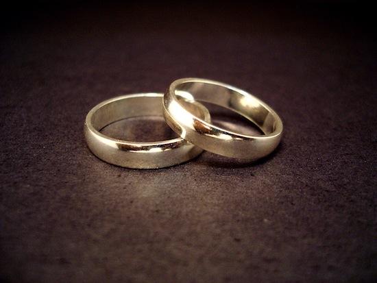 Американка Вавилония Альваз состоит в браке со складом