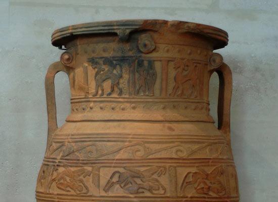 Ящик Пандоры на самом деле был вазой