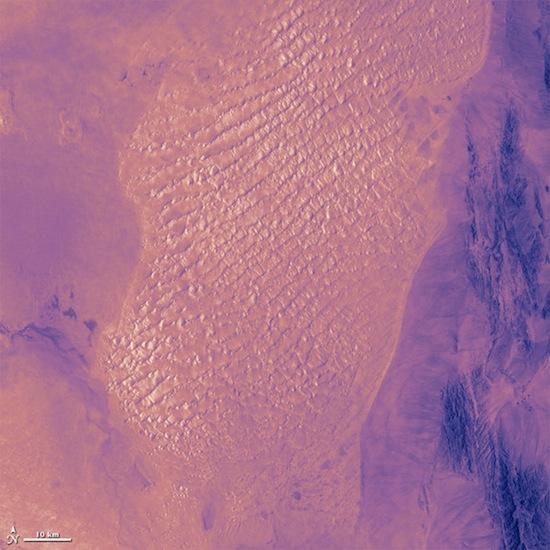 Самое жаркое место на Земле — это пустыня Лут