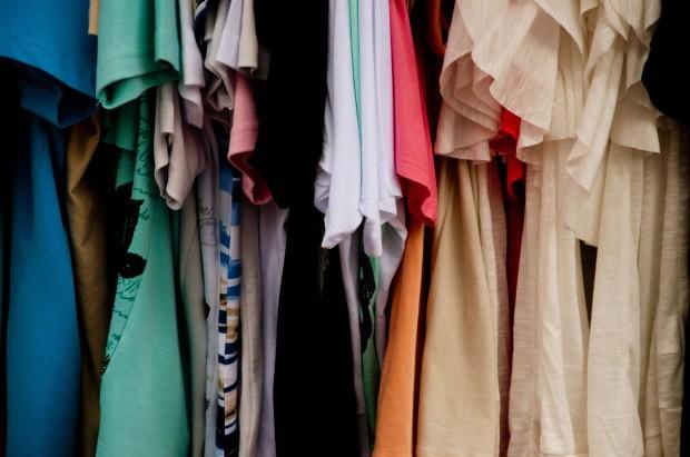 На поведение человека влияет одежда, в которую он одет