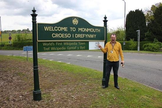 В Великобритании есть «город-википедия»