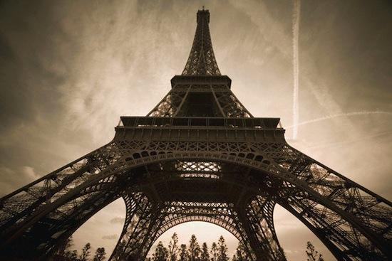 Эйфелева башня — это временное сооружение