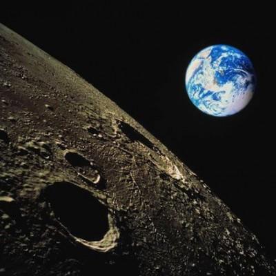 Если бы вы могли сложить бумагу в 42 раза она бы достигла Луны