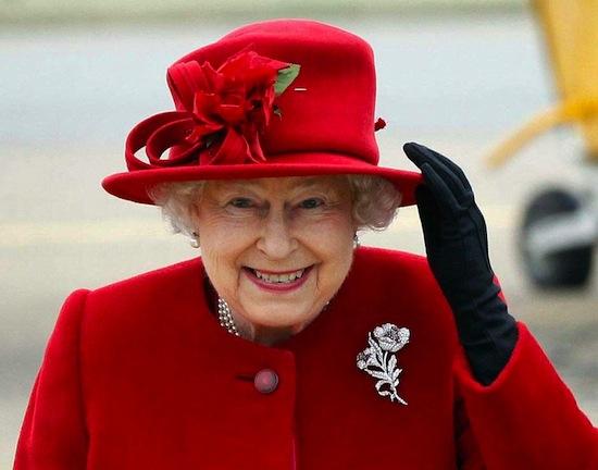 Королева Елизавета II является главой 16 государств, включая Австралию и Ямайку