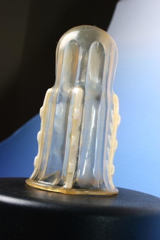 Существует презерватив, предохраняющий от изнасилования