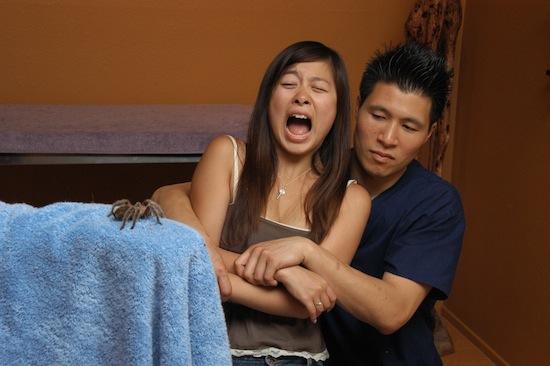 Психологи утверждают, что произнесение своих страхов вслух поможет вам избавиться от них