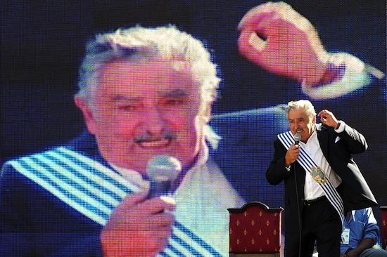 Президент Уругвая — «самый бедный» президент в мире