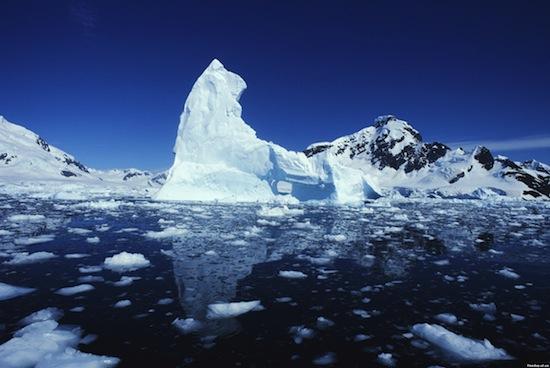 Северный Ледовитый океан представляет собой кладбище отходов