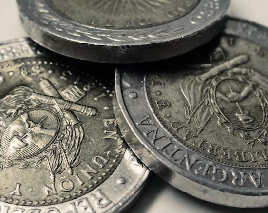 Несколько лет назад в Аргентине внезапно исчезли все монеты