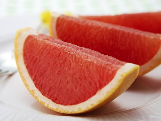 Запивать лекарства соком грейпфрута опасно для жизни