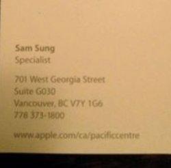 В компании Apple работает Sam Sung