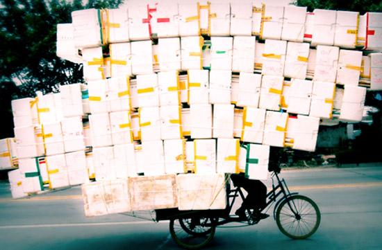 Долой газеты — вперед в Интернеты! Экономия на любых перевозках с «Везет Всем».