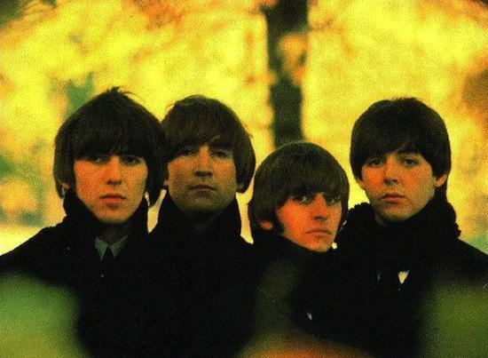 Боб Дилан принёс The Beatles марихуану, так как неправильно расслышал текст их песни