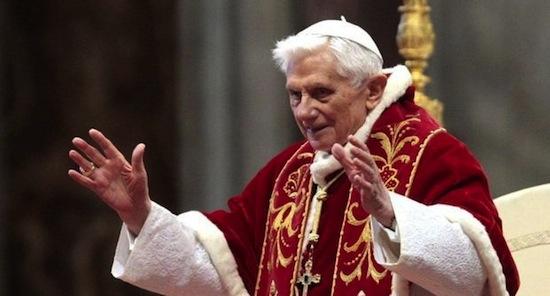 4 исторических факта о других ушедших Папах