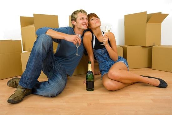 Женатые люди предпочитают общаться с женатыми, а холостяки — с холостяками