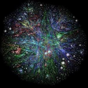 За минуту отправляется 204000000 писем, просматривается 6000000 страниц на Facebook и проигрывается 1300000 роликов на Youtube