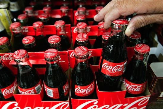 Газированные сладкие напитки предположительно «убивают» 180 000 человек в год