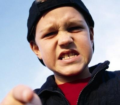 Дети с высоким IQ пробуют наркотики чаще
