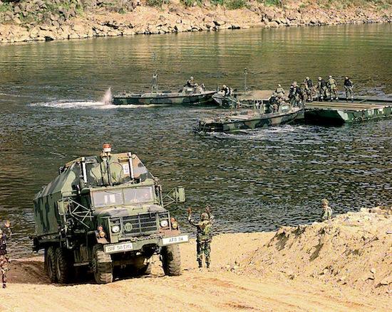 «Река мёртвых» переносит трупы из Северной Кореи в Южную