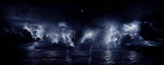 Над рекой Кататумбо в Венесуэле молнии сверкают 160 дней в году (и не сопровождаются громом)